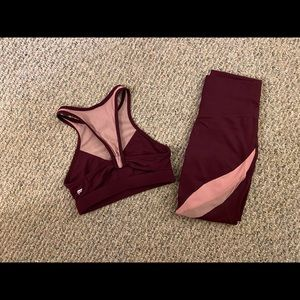 Gently worn women's workout clothing